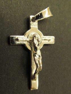 画像2: イタリア直輸入 SILVER925聖ベネディクトの小十字架